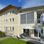 brandlhof-wellnesshotel-3-sterne-waldkirchen-bayerischer-wald-aussenansicht-1100