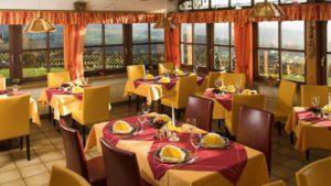 eder-wellnesshotel-zwiesel-rinchnach-gastraum-essen-restaurant-1100