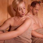 hüttenhof-almdorf-bayern-wellnesschalets-mit-sauna-whirlpool-paare-urlaub-1100