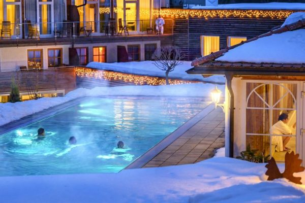 lindenwirt bodenmais wellnesshotel niederbayern schwimmbad 1200