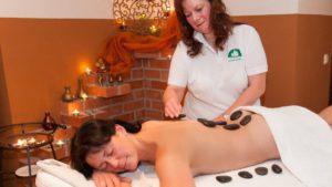 neuhof-3-sterne-wellnesshotel-massagen-angebote-bayern-1200