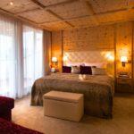 oswald-kuschelurlaub-bayern-wellnesshotel-zimmer-doppelbetten-1100