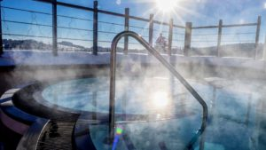 reischlhof-tageswellnesshotel-passau-skypool-dachterrassen-whirl-pool