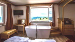 waldeck-familien-wellnesshotel-zimmer-suiten-private-spa-bayern-1100