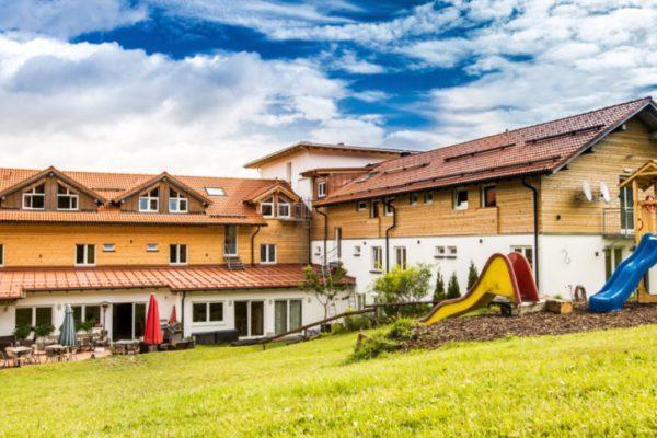 waldeck koch wellnesshotel mit hund familienurlaub bayerischer wald ansicht 1200